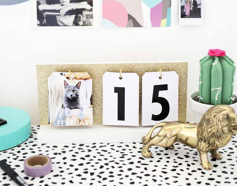 DIY gifts, DIY gifts for friends, DIY desk calendar, DIY gifts for coworkers