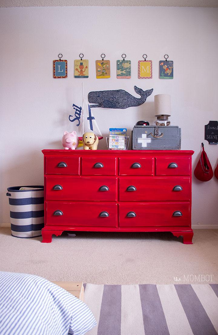 dresser-wall-nautical-room2