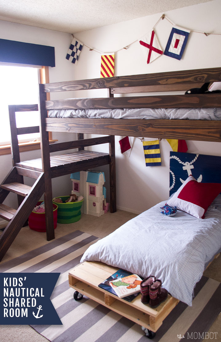 Nautical themed shared kids' bedroom | Themombot.com