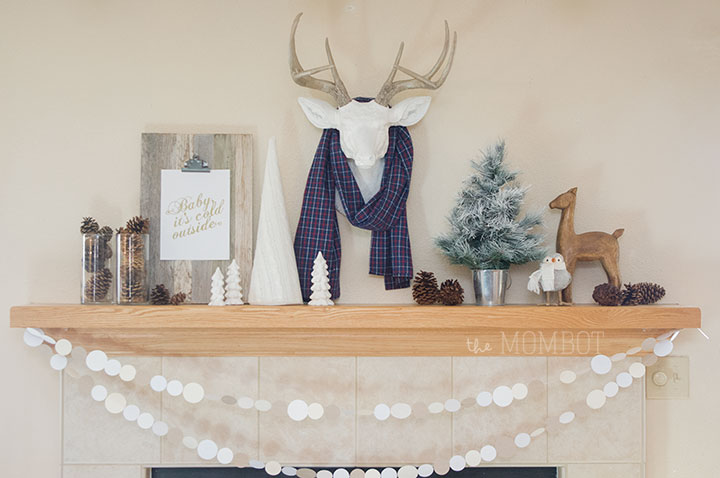 Monotone white winter mantle | TheMombot..com