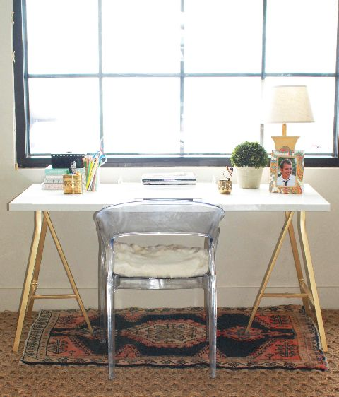 White desk with gold legs | White & gold office inspiration, TheMombot.com
