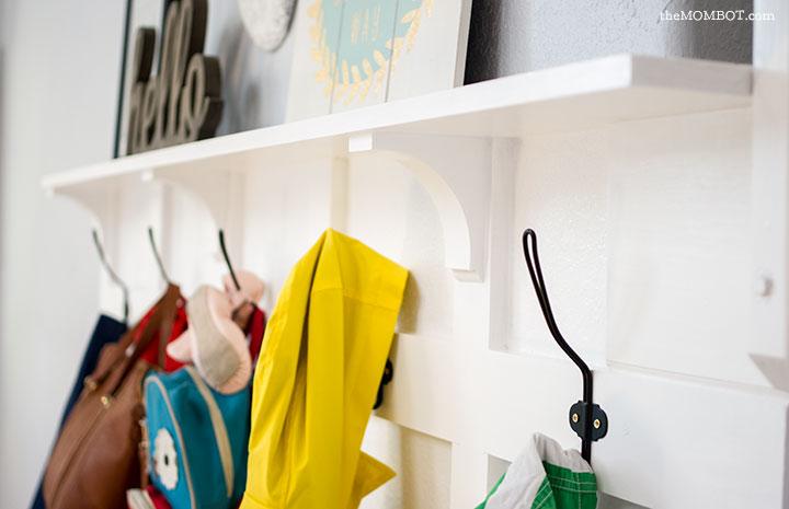 DIY mudroom: Ikea Hack | TheMombot.com