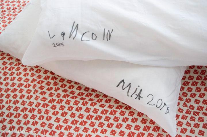 i-love-you-pillowcase-backside