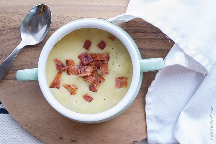 Slow cooker potato soup (whole30 approved)