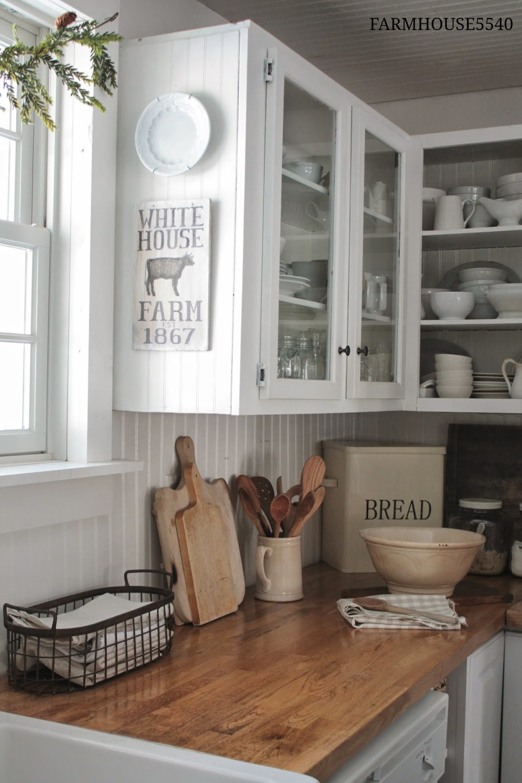 white-kitchen-beadboard