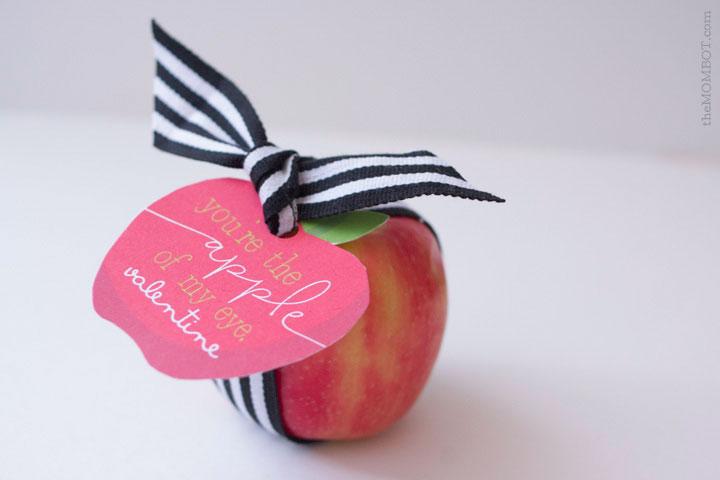 apple-of-my-eye-valentines-apple-tag