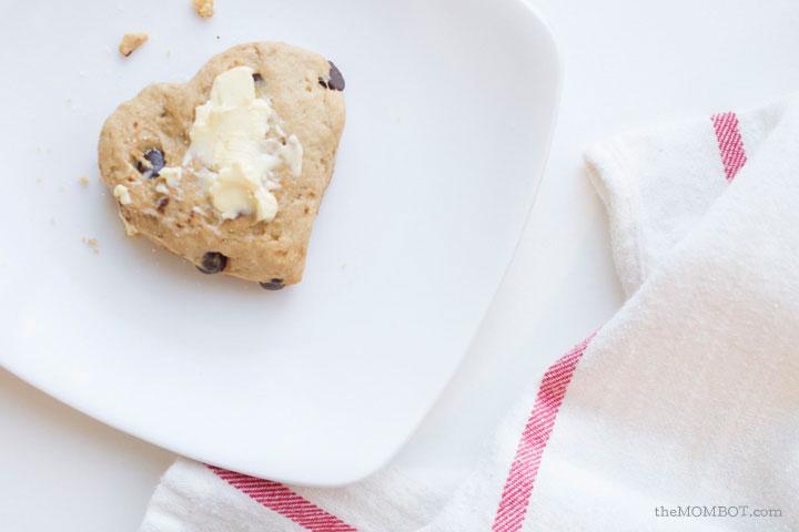 diary-free-chocolate-chip-scones-pic1