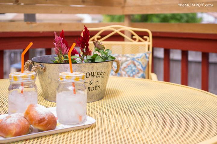 patio-renovation-table-close1