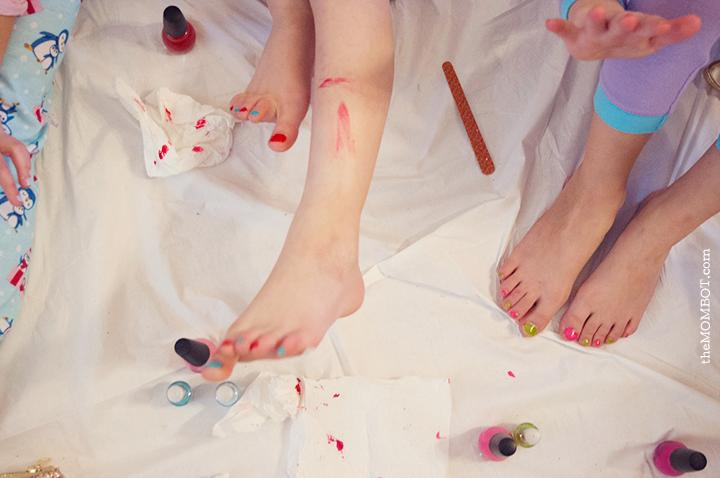 non-pinterest-party-paintingnails2