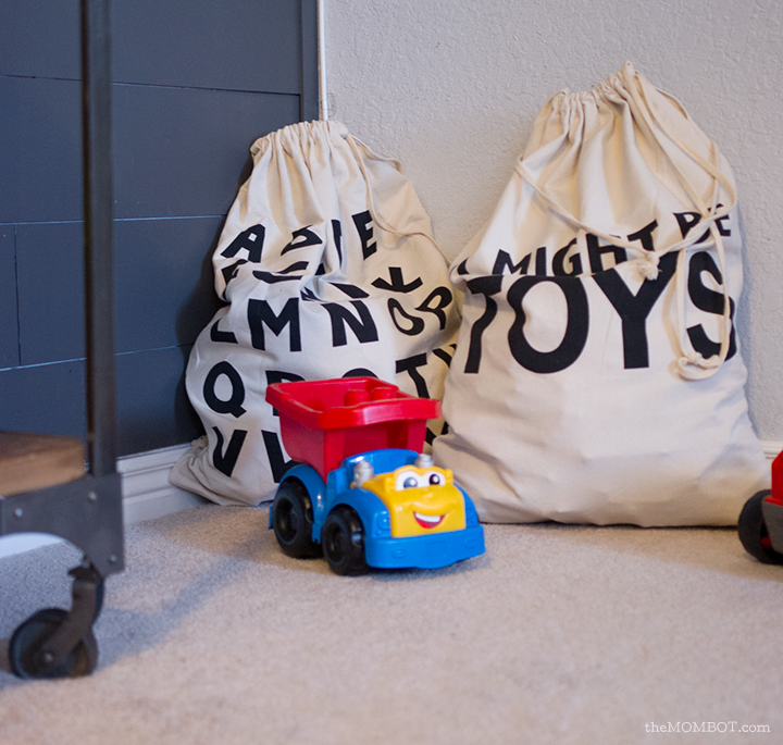toy-clutter-toy-bags