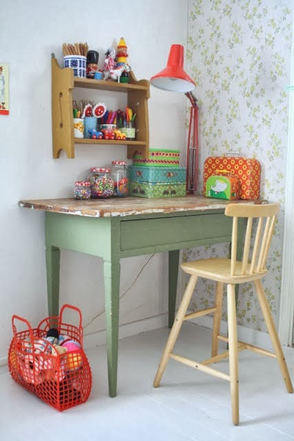 Kid's desks, kid's homework area, kid's homework desk, kid spaces, vintage  desk - Kid's Desk & Homework Areas - The Mombot