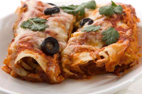 go-to dinner recipes, easy dinner recipes, quick dinner recipes, chicken enchiladas recipe, easy chicken enchiladas