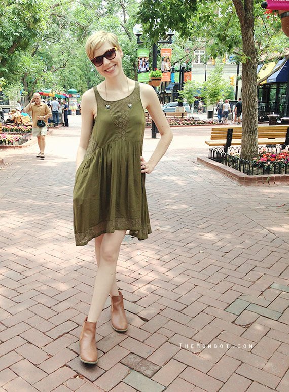 What I Wore: Green lace Anthropologie dress | TheMombot.com